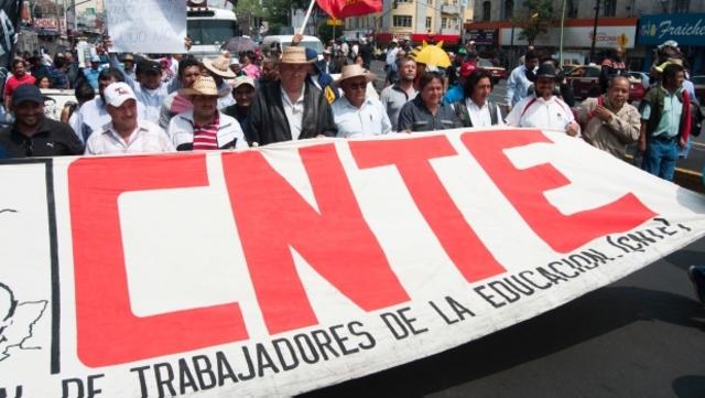 Marcha de la CNTE contra la reforma educativa