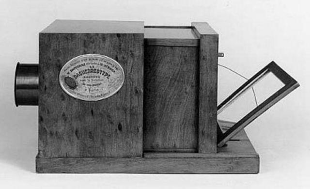Invención del Daguerrotipo (etapa de revelado)