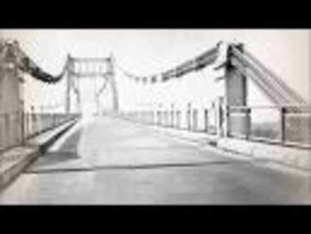 Puente de Oro destruido