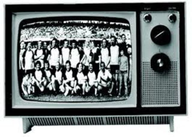 Nace la TV en blanco y negro
