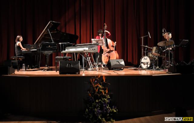 I suoni delle Dolomiti: Yamanaka Electric Female Trio