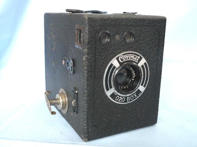 La Coronet Camera