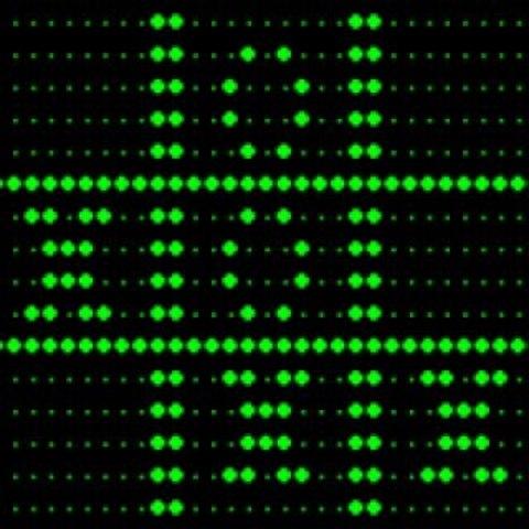 Primer juego en computadora que usa pantalla gráfica digital (OXO)