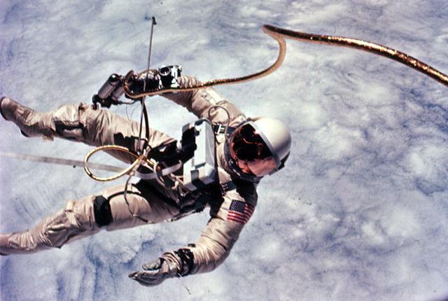 Primer vuelo espacial