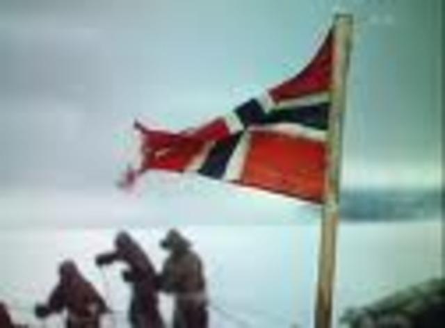 Scott reaches the South Pole.