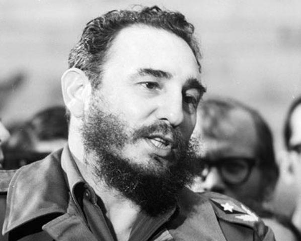 """La revolucion de Fidel Castro """"Crisis de los misiles de Cuba"""""""