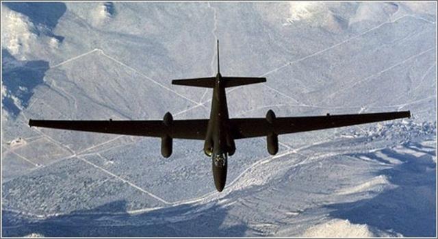 aviones espias norte americanos U2 detectaron la construccion de rampas para misiles y la presencia de tropaas sovieticas