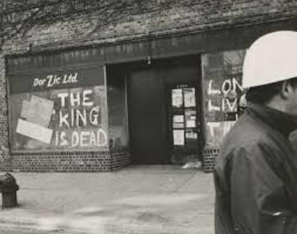 riots break out across the nation in reaction to King's death