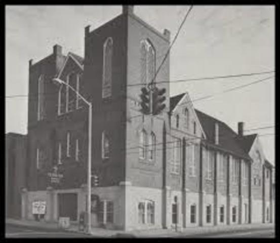 King returns to Ebenezer Baptist Church in Atlanta