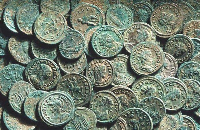 Financial Aid after Vesuvius