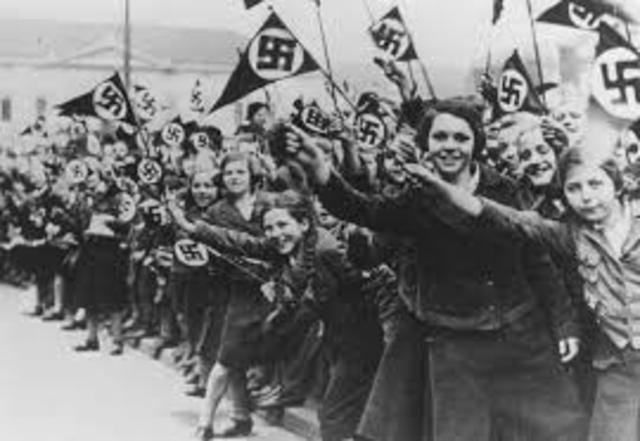 Austria Creates Own Nazi Group