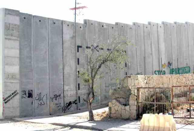 Construction du mur de sécurité entre Israël et la Cisjordanie