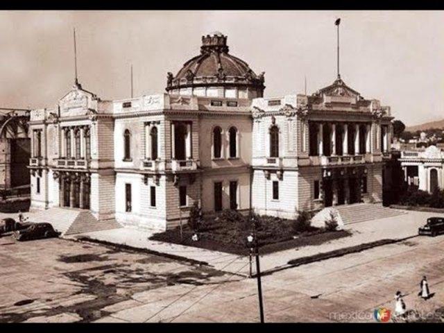 Primera restauración de la universidad