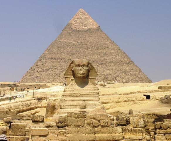 Construcción de las pirámides de Giza