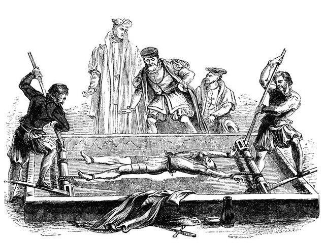 Primera de muchas inquisiciones.