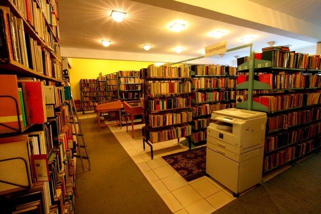 Új nevünk: Aranybulla Könyvtár Alapítvány