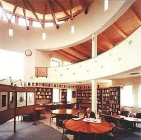 A keszthelyi városi könyvtár felvette a papköltő nevét