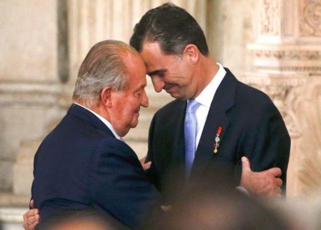 Abdica Juan Carlos I