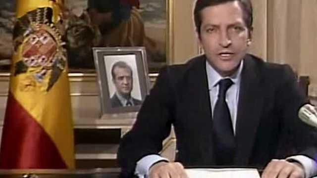 Dimisión Adolfo Suárez