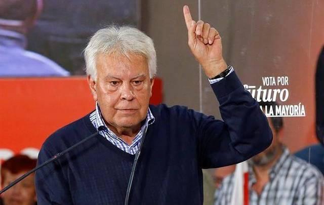 En 1986, el PSOE volvió a ganar las elecciones por mayoría absoluta propiciando la crisis entre sus contrincantes.