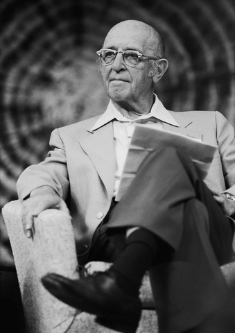 Carl Rogers: Counselling and Psychotherapy