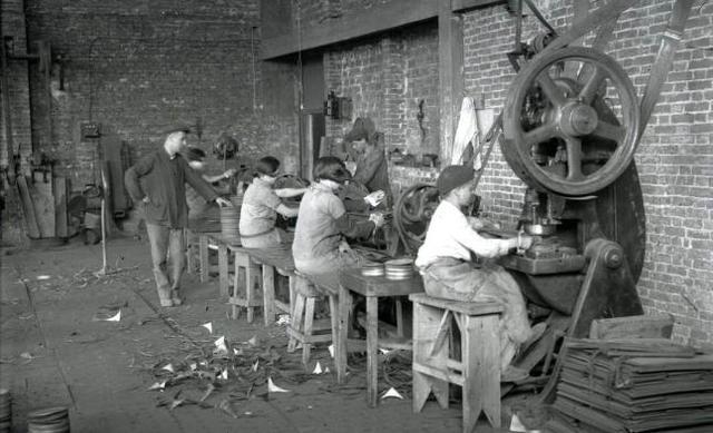 Ley de prohibición de trabajo infantil - España