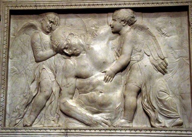 Cristo muerto sujetado por ángeles