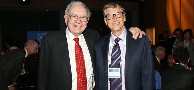 Buffett and Gates meet for the first time.