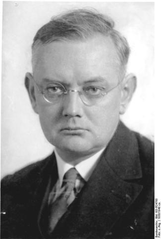 Ernest  Krieck