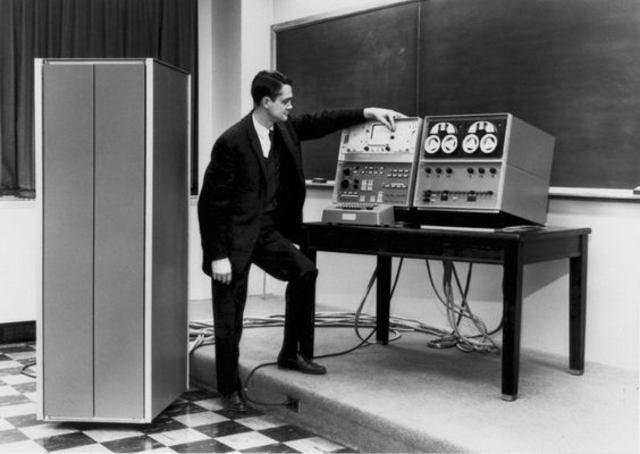 Компьютер LINC