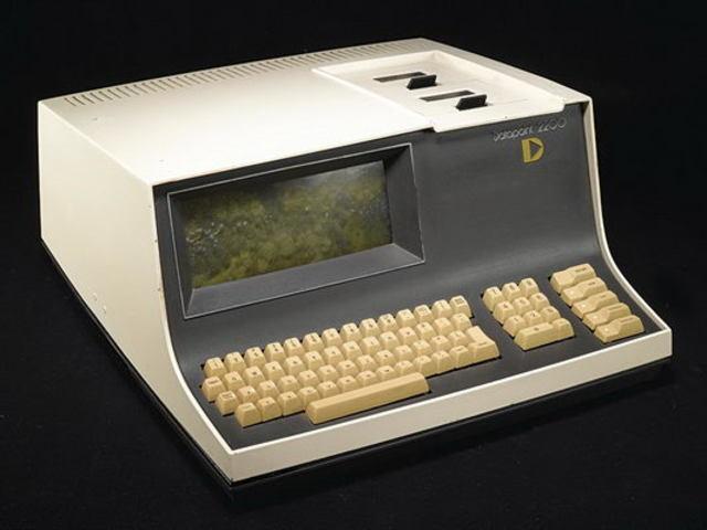 Компьютерный терминал Datapoint 2200