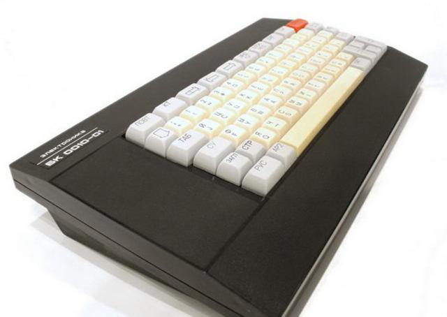 Персональный компьютер БК-0010