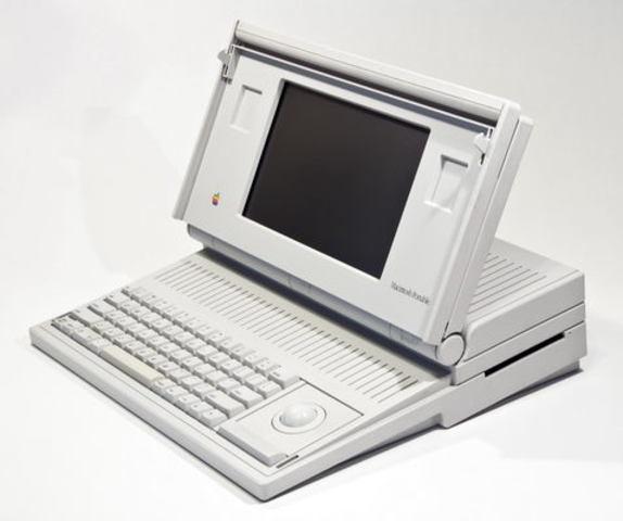 Первый портативный компьютер Apple Mac Portable