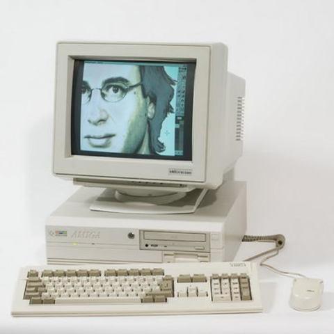Персональный компьютер Amiga 4000