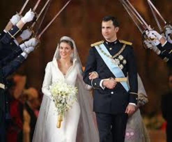 When Prince Felipe de Borbon is married I give birth to my first daughter.