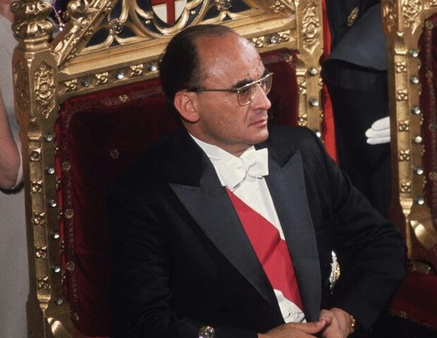 ECHEVERRIA ALVAREZ, LUIS. Periodo presidencial: 1970-1976
