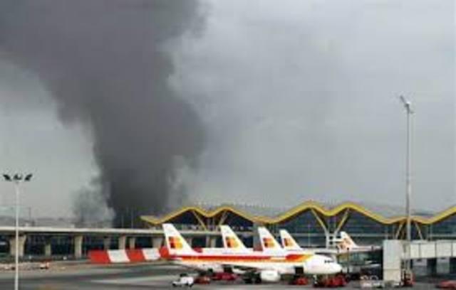 Una bomba de ETA explotó en el aeropuerto de Madrid - Barajas