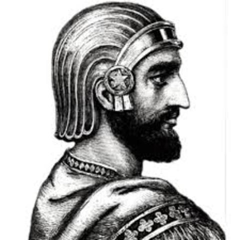 Ciro amplía su reino