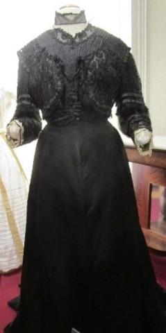 The widow's dress