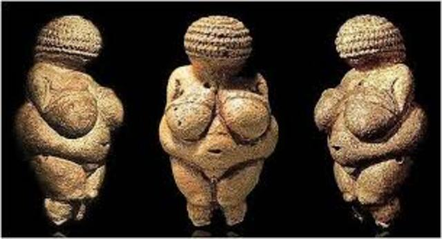Woman from Willendorf, Paleolithic, c. 24,000 BCE