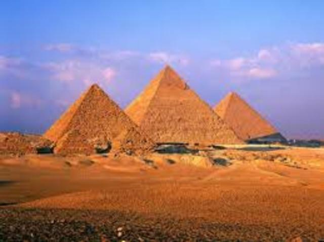 Great Pyramids of Giza, Ancient Egypt, c. 2575–2450 BCE