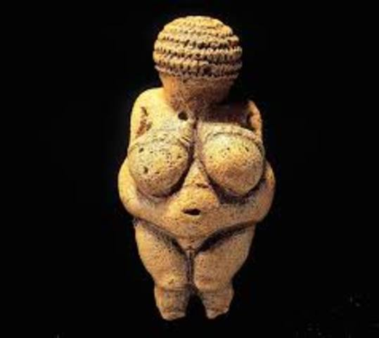 Woman from Willendorf - Prehistoric - 28000 BCE to 25000 BCE