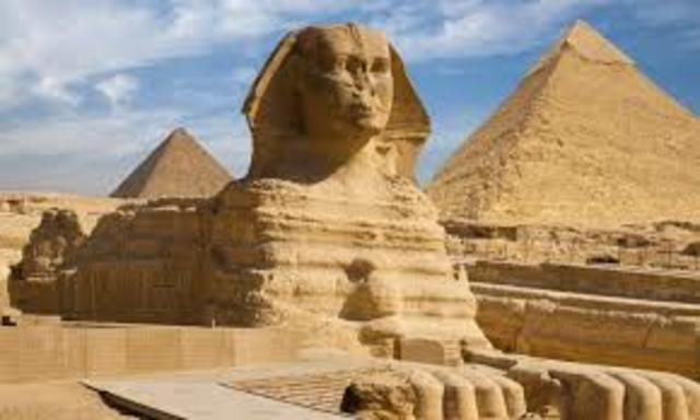 Great Sphinx of Giza - Ancient Egypt - 2558 BCE to 2532 BCE