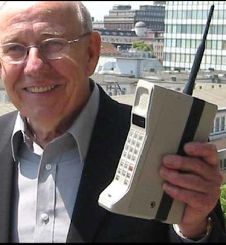 Primera generación 1G