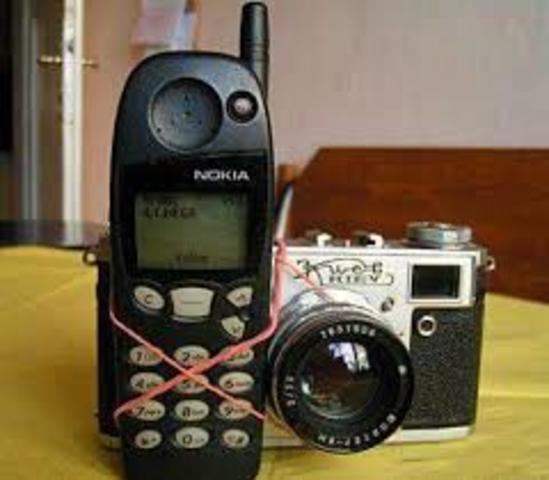 Primer móvil con cámara