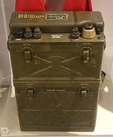 transceptor de radio SCR-300 de Motorola.