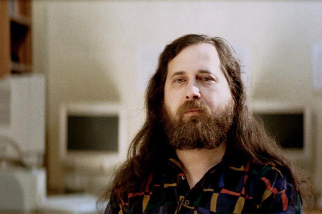 Nace Richard Stallman