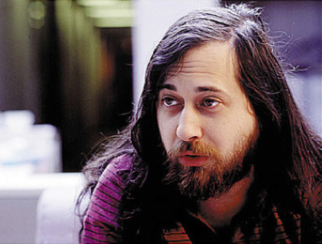 Stallman renuncia al MIT y publica el Manifiesto GNU
