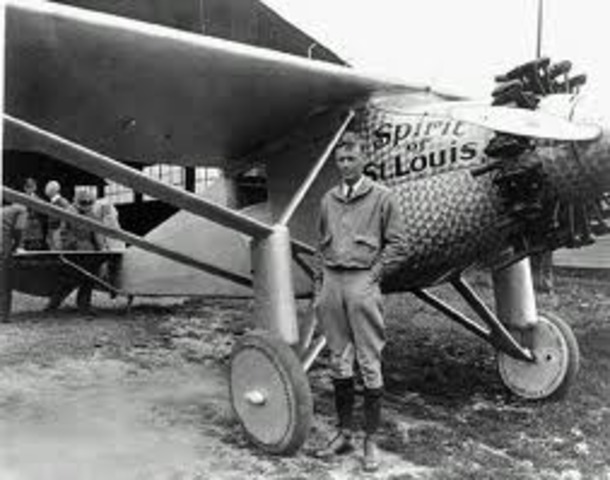 The spirit of St.Louis takes off