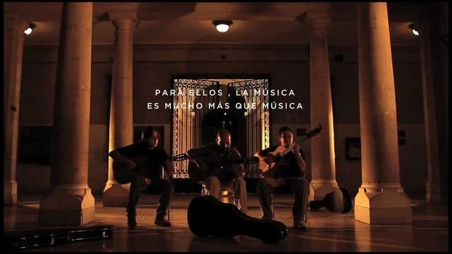 4 Guitarras